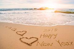 écrivez-le-coeur-d-amour-de-la-bonne-année-101601815